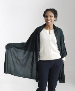 Mörkgrön sjal i silke och kashmir