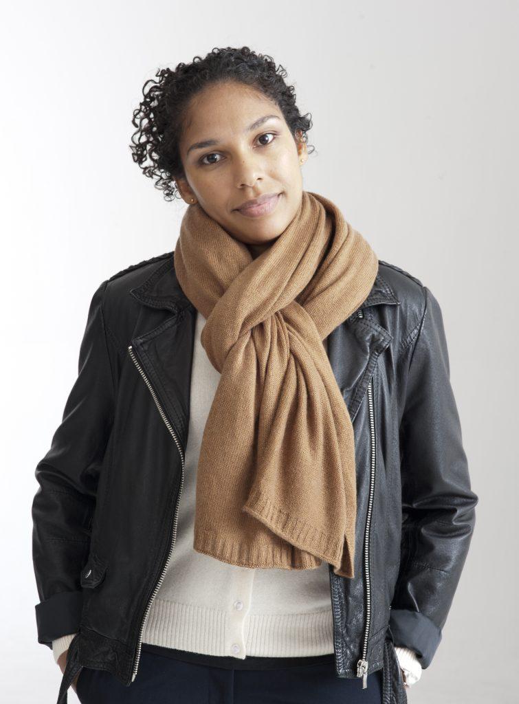Ljusbrun beige sjal i silke och kashmir b162682a7d1f1